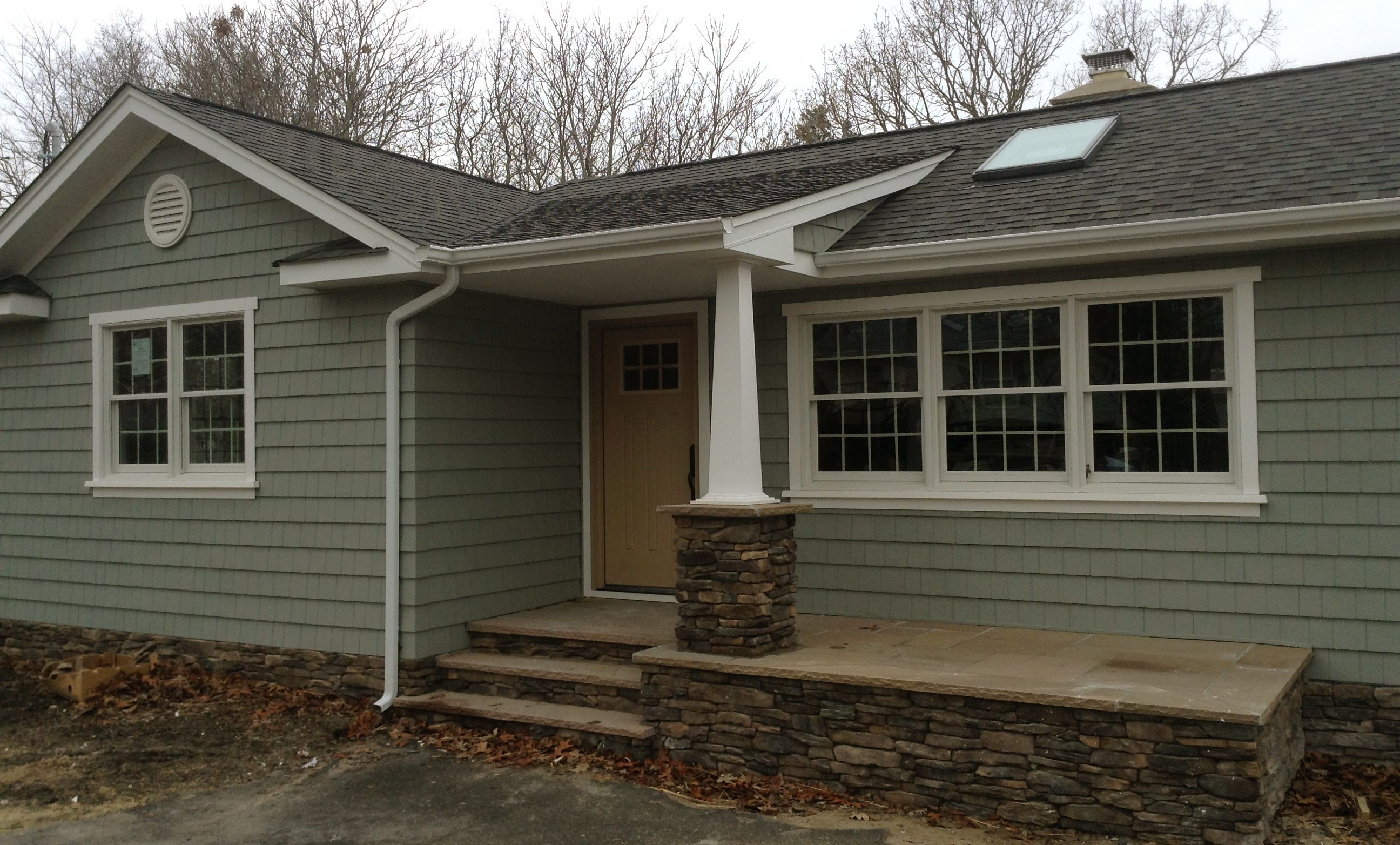 Entrancing exterior design with certainteed siding for Certainteed siding