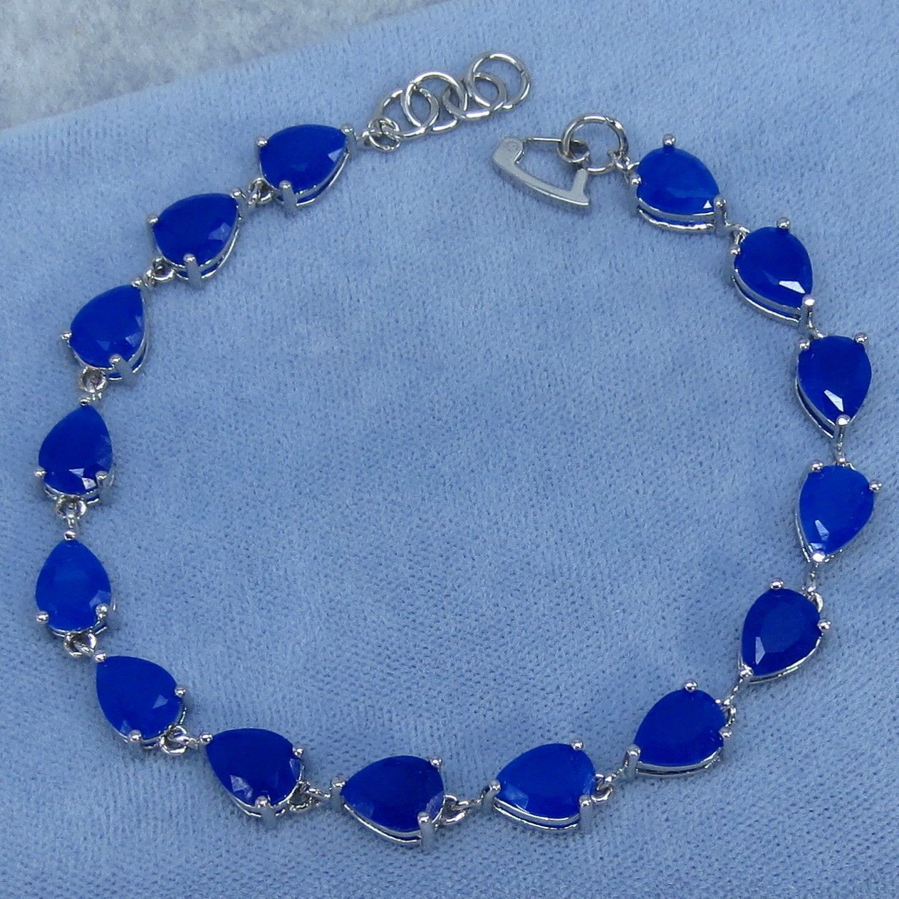 en synthetic diffusion cut oval diffused sapphire of blue picture cts