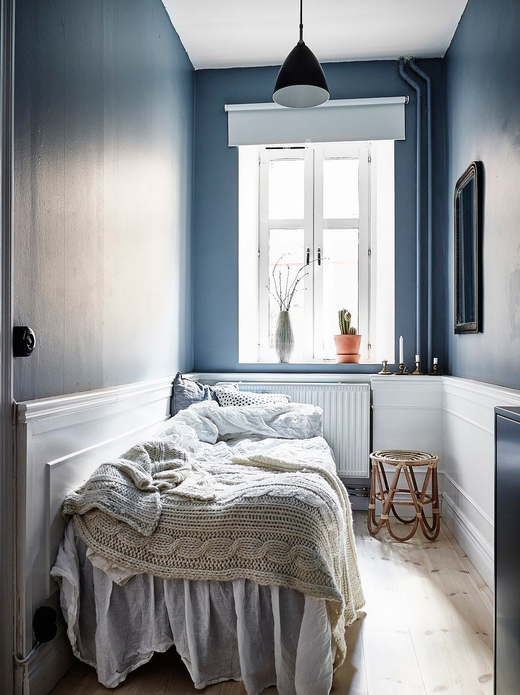 Interesting play of warm and cool tints via coco lapine design