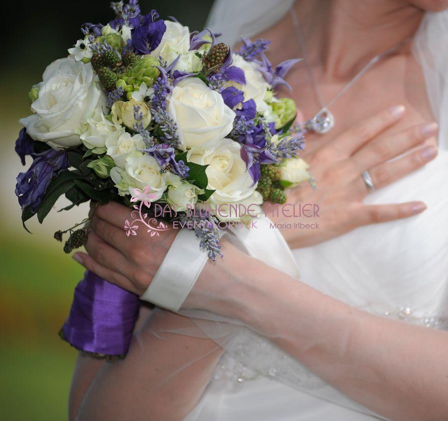Brautstrauss weiß lila | Blumen | Pinterest | Brautstrauß weiß lila ...