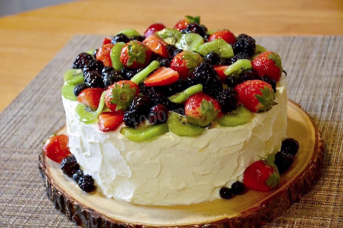 Бисквитный торт с творожным кремом с фруктами | Рецепт ...
