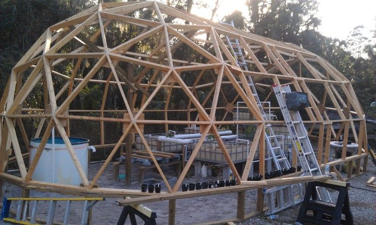 Geo dome geo dome greenhouse aquaponic gardening for Geodesic home plans