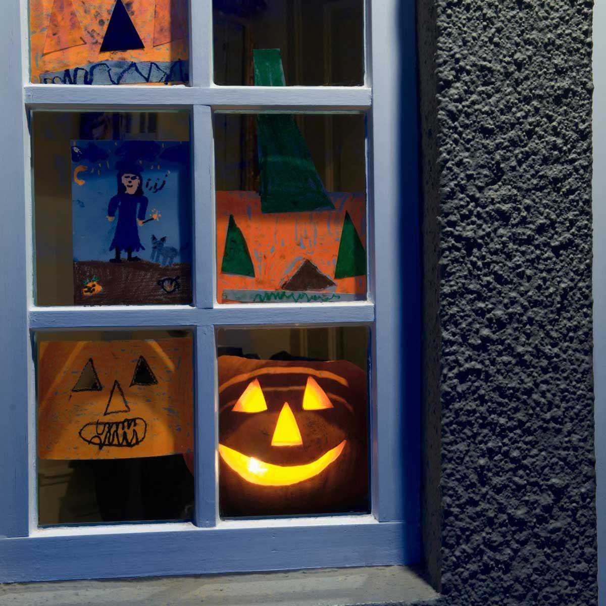 10 Best Halloween Window Decor Options Halloween Window Window Decor Halloween Displays