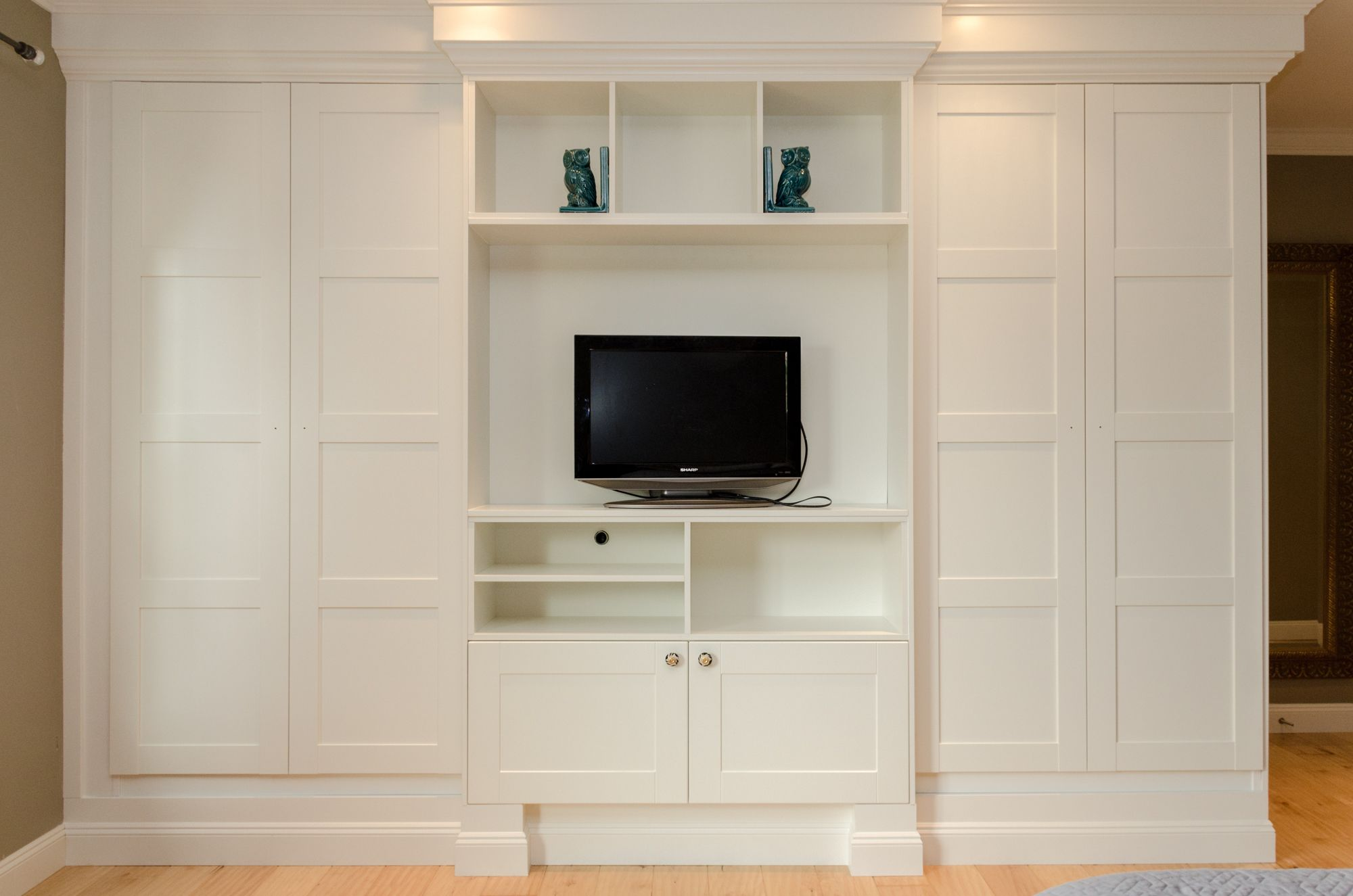 Wardrobe 4 How To Crown Moulding And Baseboards For Built In Look