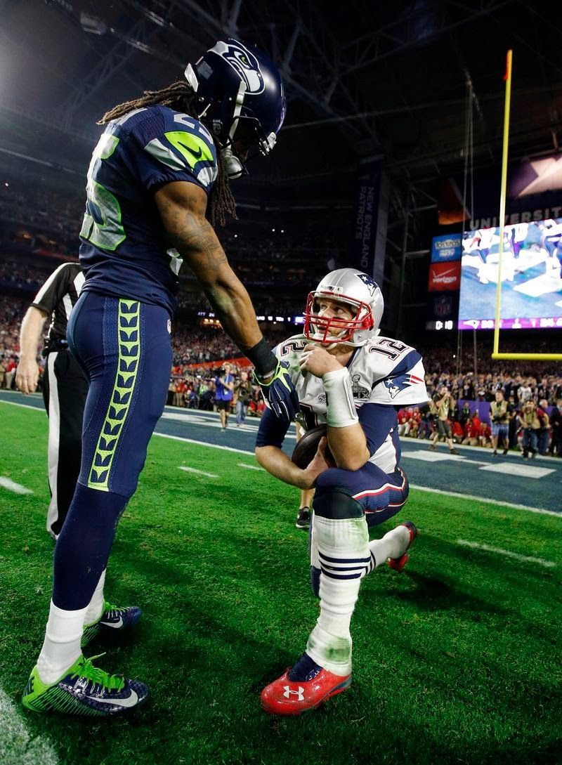 Richard Sherman One Of The First To Congratulate Tom Brady After The Final Kneel Down Super Bowl Xlix New England Patriots Football Richard Sherman Tom Brady