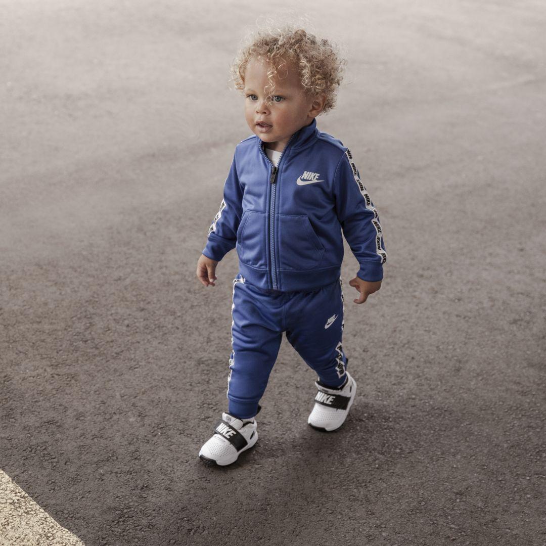 1c3360ccb Nike Block Taping Two-Piece Infant Set Size 24M (University Blue)
