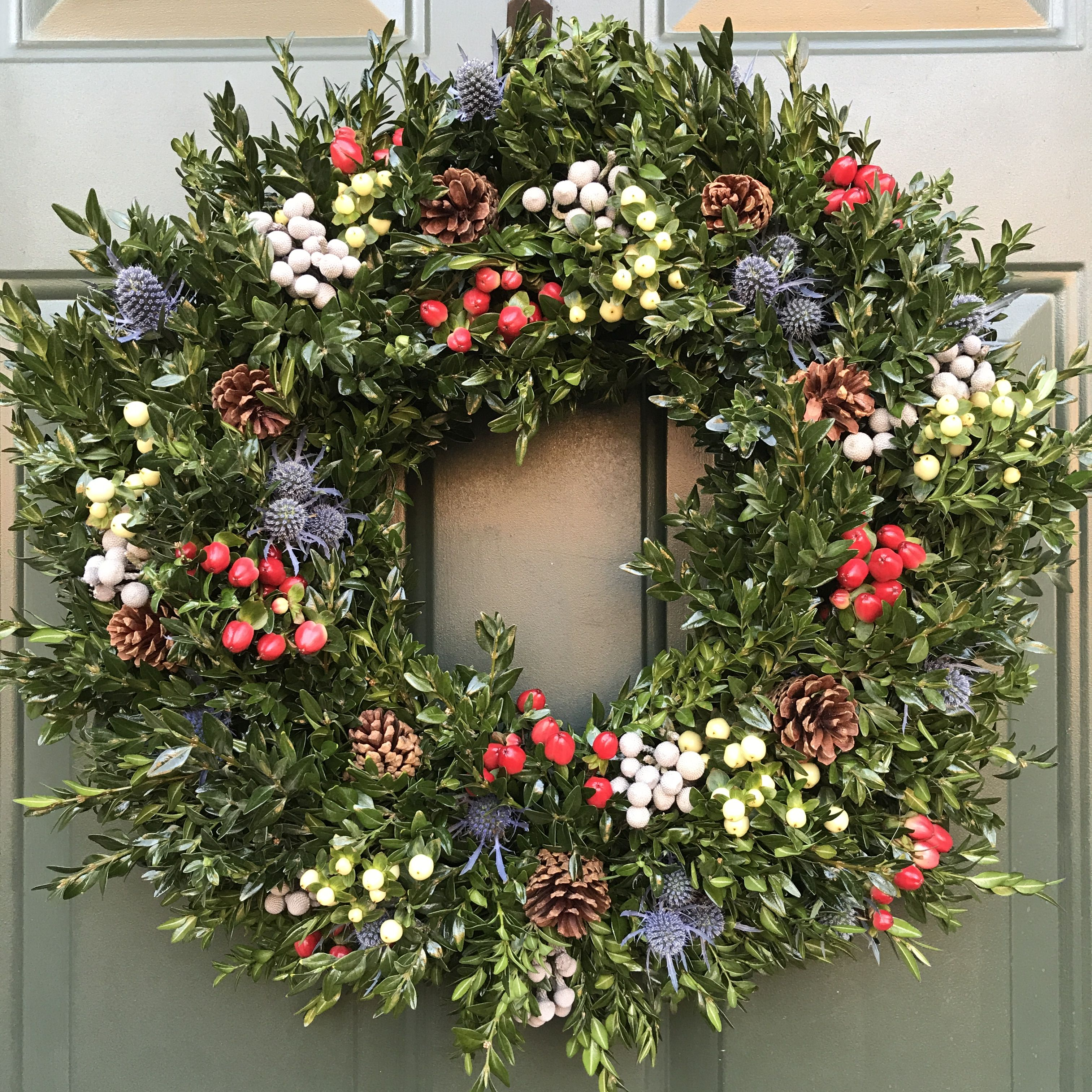 Holiday Front Door Wreath With Boxwood Pine Cones And Fresh Fl Accessories