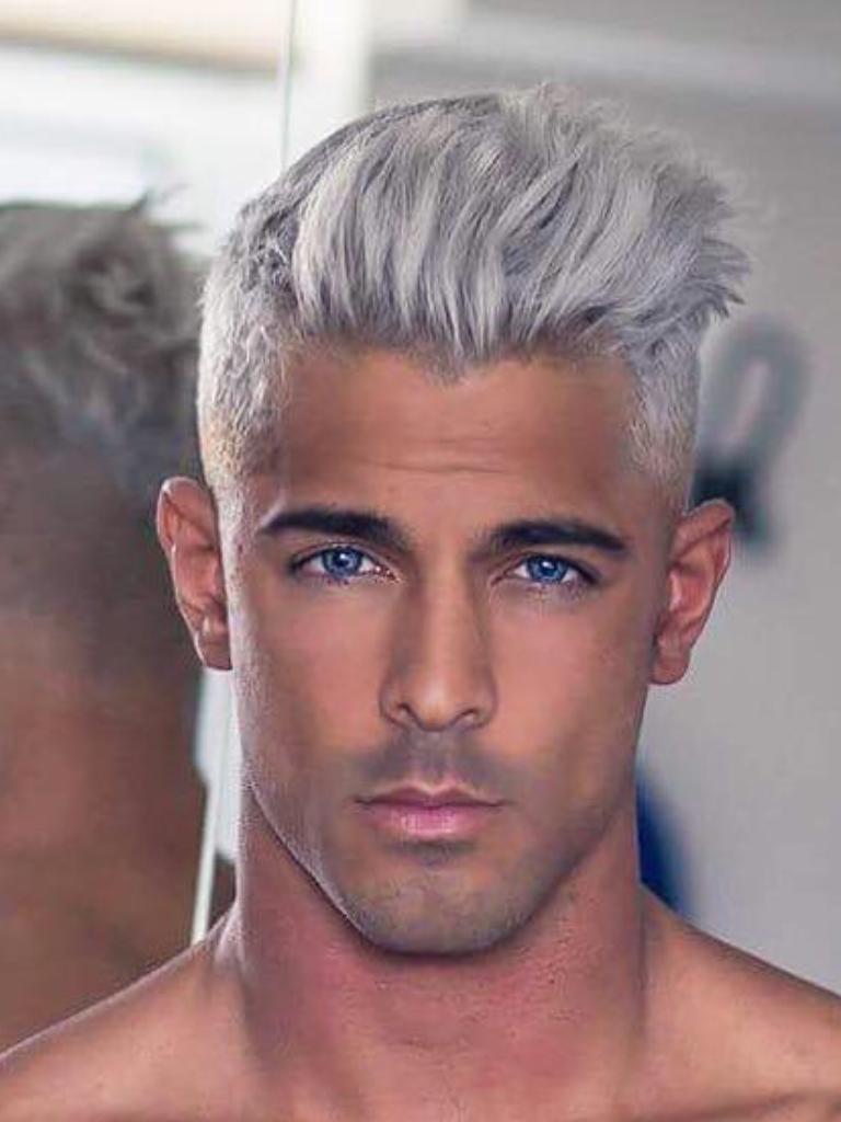 Pin By Cash Tamarra On Mendaboo Silver Hair Men White Hair Men Grey Hair Men
