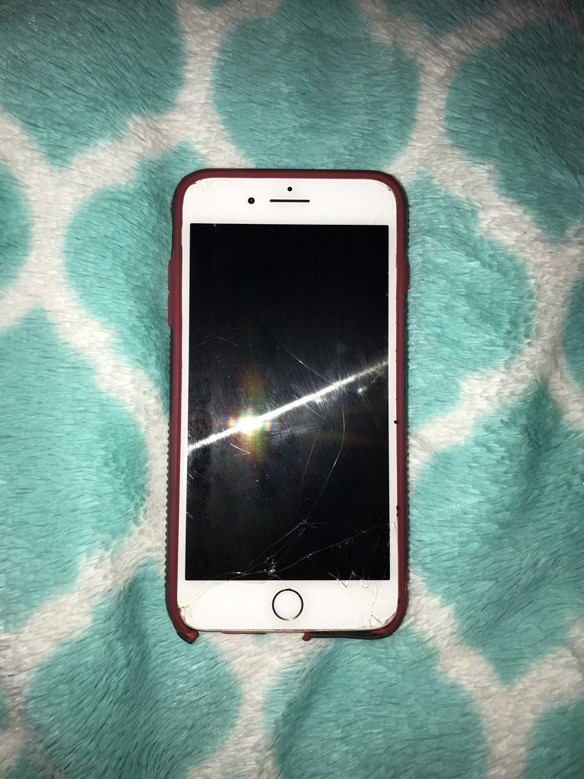iPhone 8Plus (64GB) / price negotiable ! Carrier Sprint