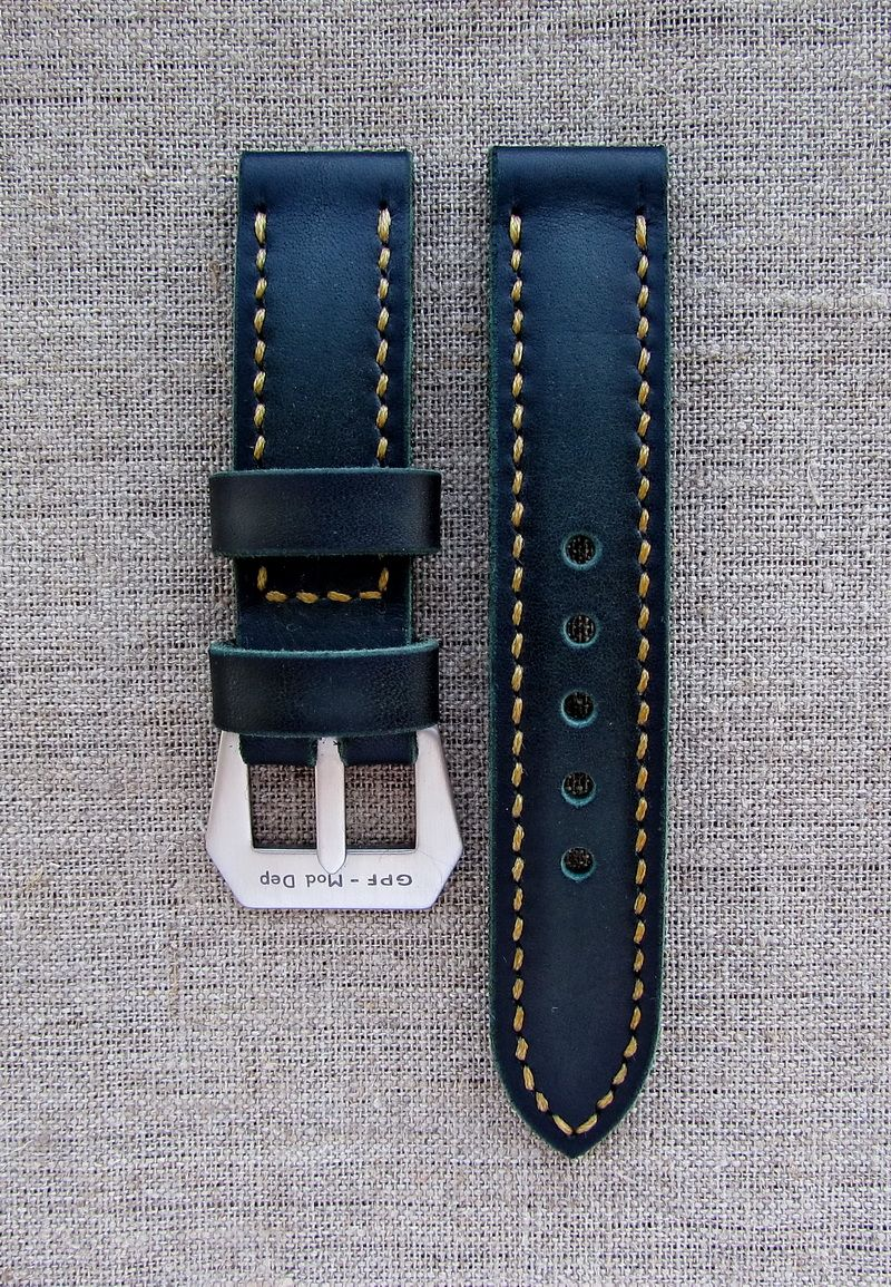 Часовой ремешок ручной работы зелёного цвета