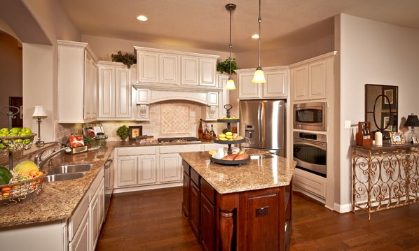 Coventry Homes Kitchen for Entertaining and Family in your New Home ...