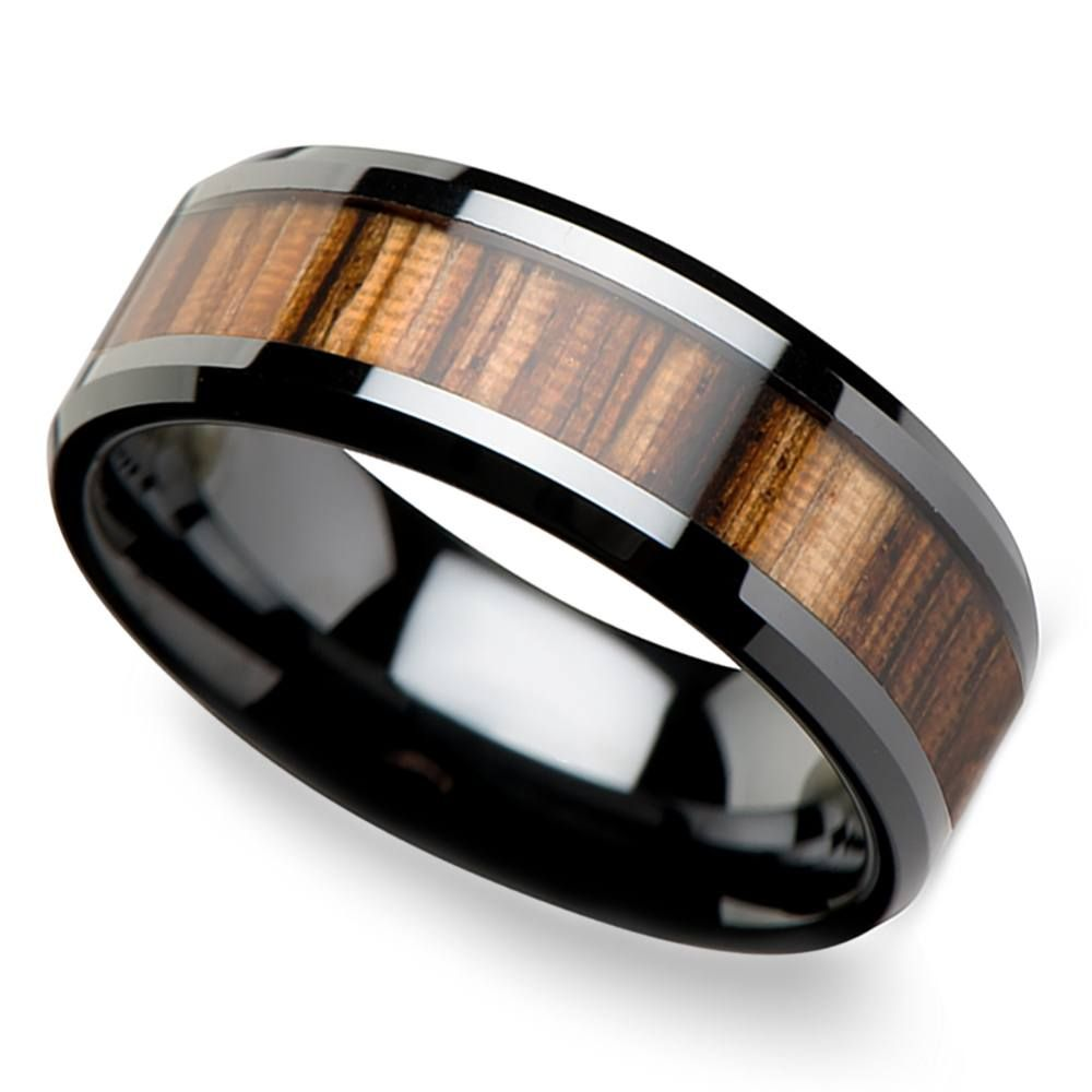This black ceramic men's band is 8 millimeters wide and boasts an inlay of reworked zebra wood and beveled edges.