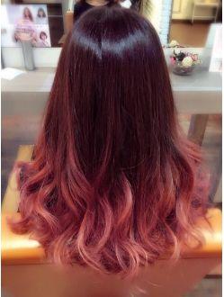 Carin ピンクパープルグラデーション クールなヘアスタイル オンブレヘア 毛量の多い髪