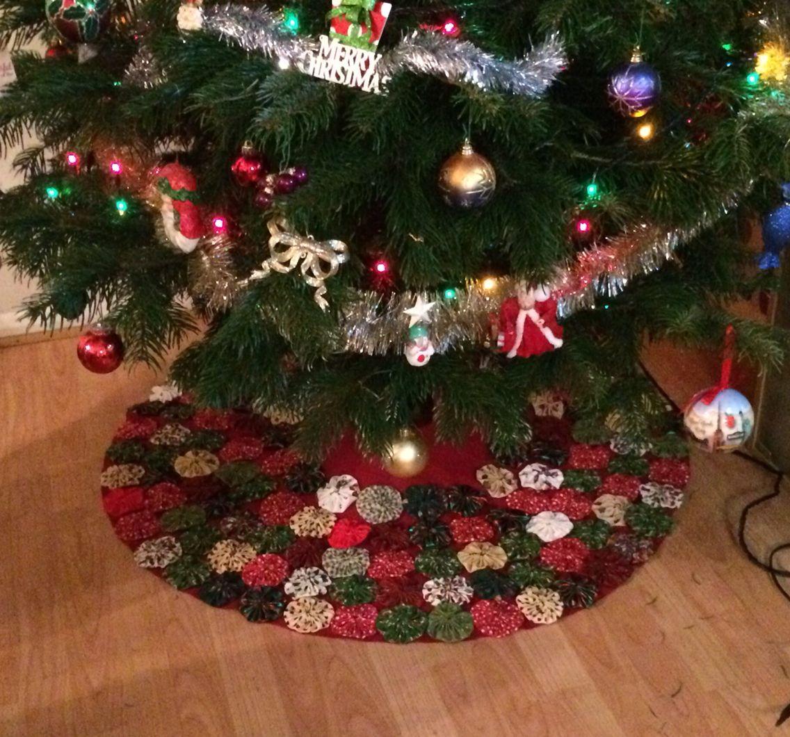 My Fabric Yoyo Tree Skirt Christmas SewingChristmas CraftsChristmas
