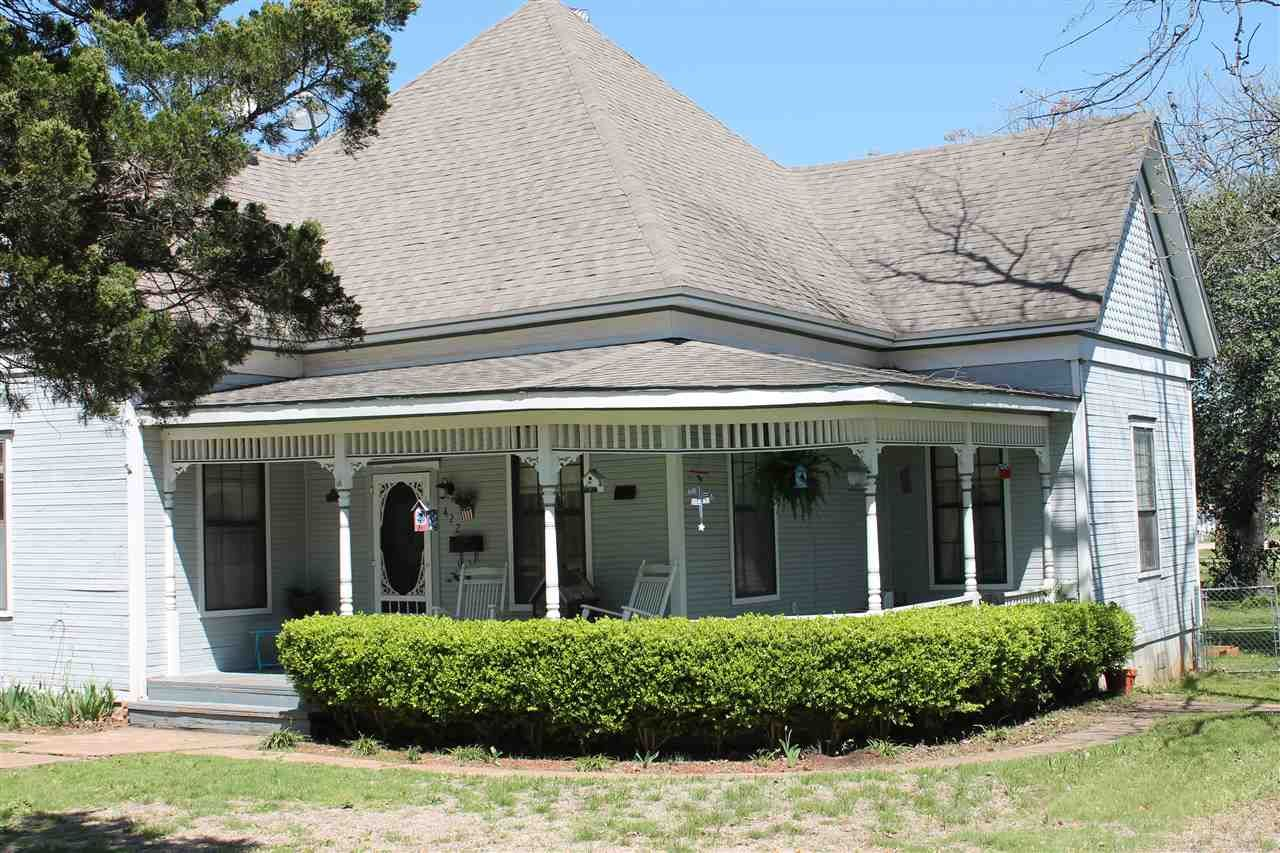 Buy a home in waco magnolia homes farmhouse cabin for Magnolia homes texas
