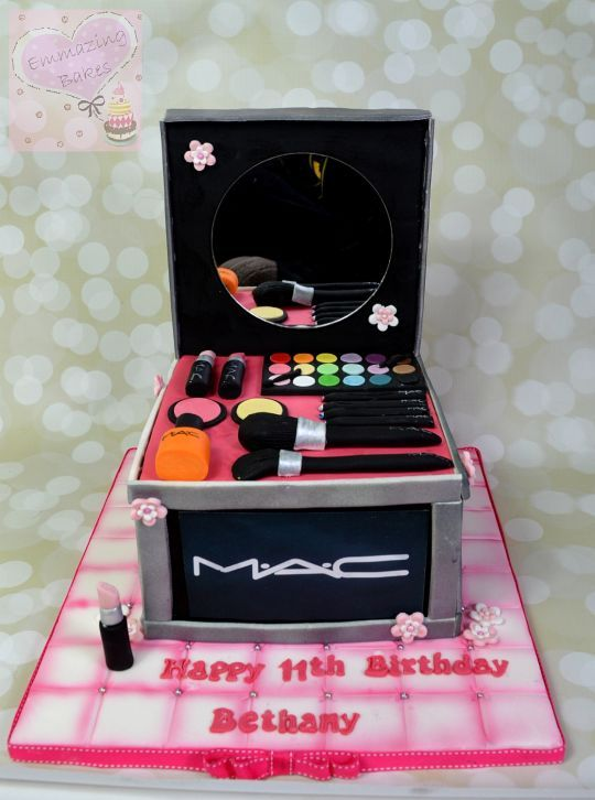 Mac Make Up Cake Cakes Make Up Cake Makeup Birthday