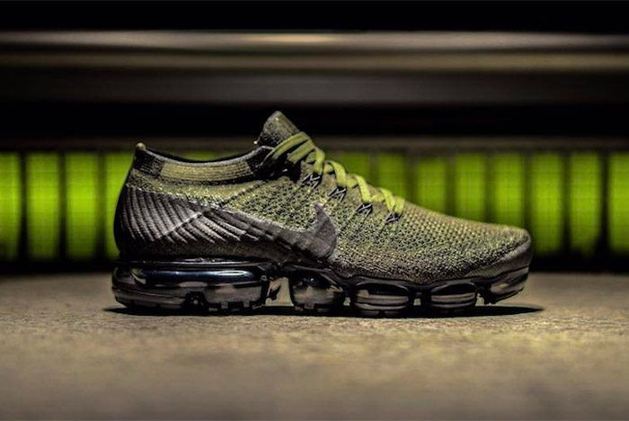 Nike Air Vapormax (Olive Green)  7b3751e42