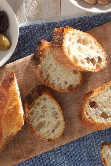 French-Style Baguettes | Recipe in 2020 | Baguette recipe ...