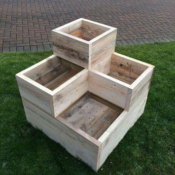 51+ Stunning Wooden Garden Planters Ideas Try#garden #ideas #planters #stunning #wooden #woodengardenplanters
