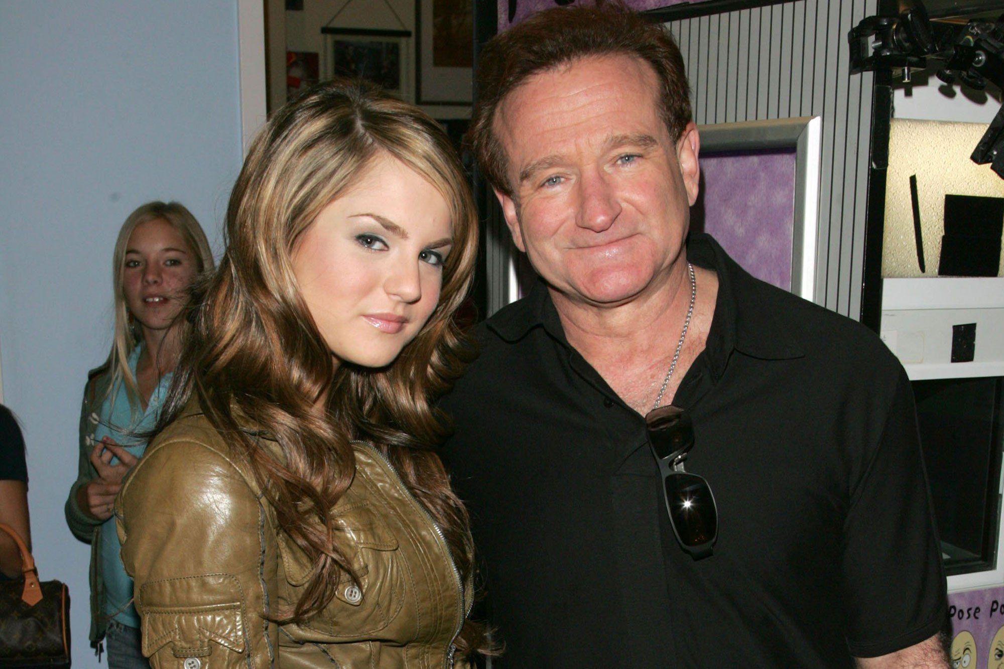 Jojo Remembers Inspiring Rv Costar Robin Williams Talks Friendship With Zelda Williams Robin Williams Zelda Williams Famous People Celebrities