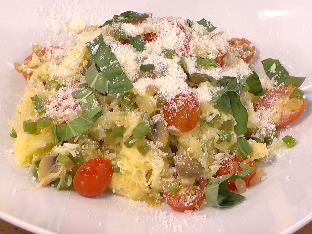 Try this 160-calorie spaghetti squash primavera from TODAY's Home Chef Challenge winner!