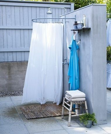 9 dreamy outdoor shower ideas for every home not just at for Ducha exterior ikea