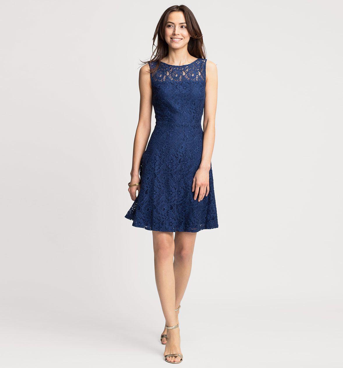 Ausgestelltes Kleid Aus Spitze In Dunkelblau Kleid Spitze Mode Modestil