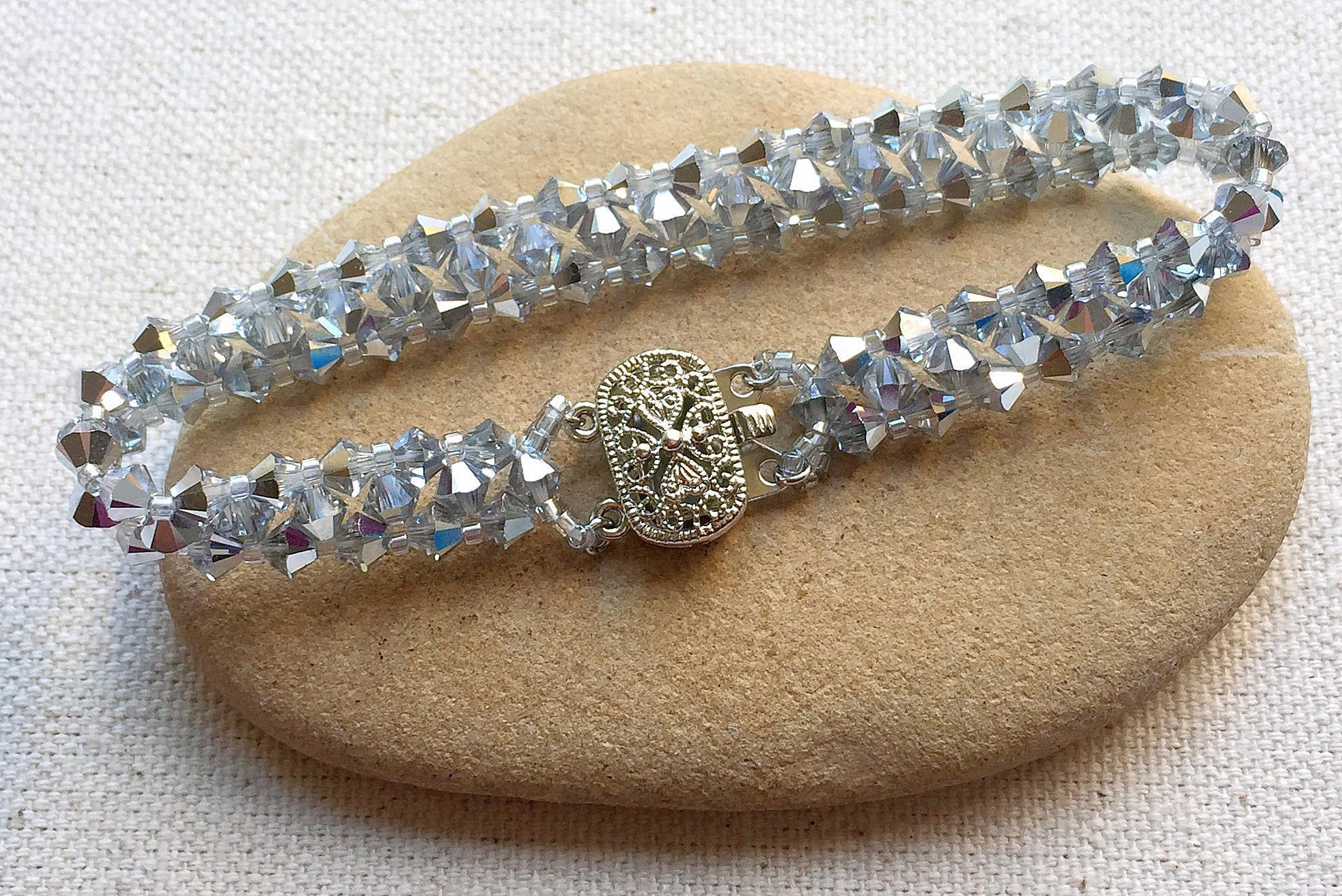 Beaded Bracelet Design Ideas   Tutorials   Beaded bracelets ...
