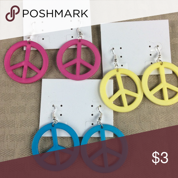 Download 3 Pairs of Peace Sign Earrings Cards are not included ...