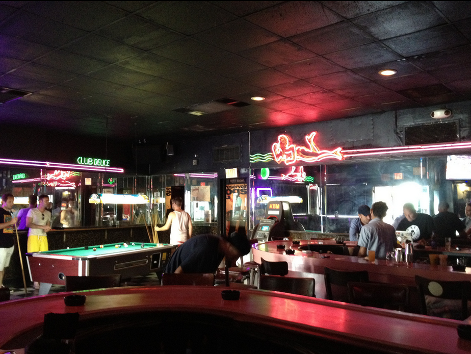 Mac S Club Deuce Is A Great Place To Drink In Miami Beach
