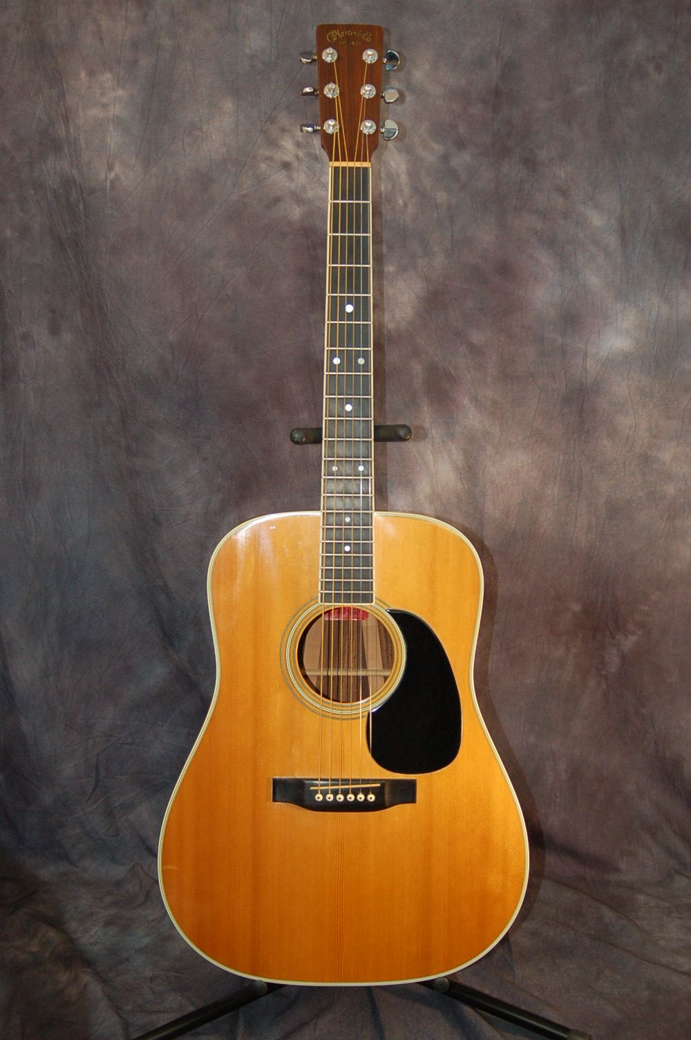 1976 Martin D35 With Original Blue Martin Hardshell Case Lawman Guitars 515 864 6136 Acoustic Guitar Guitar Vintage Guitars