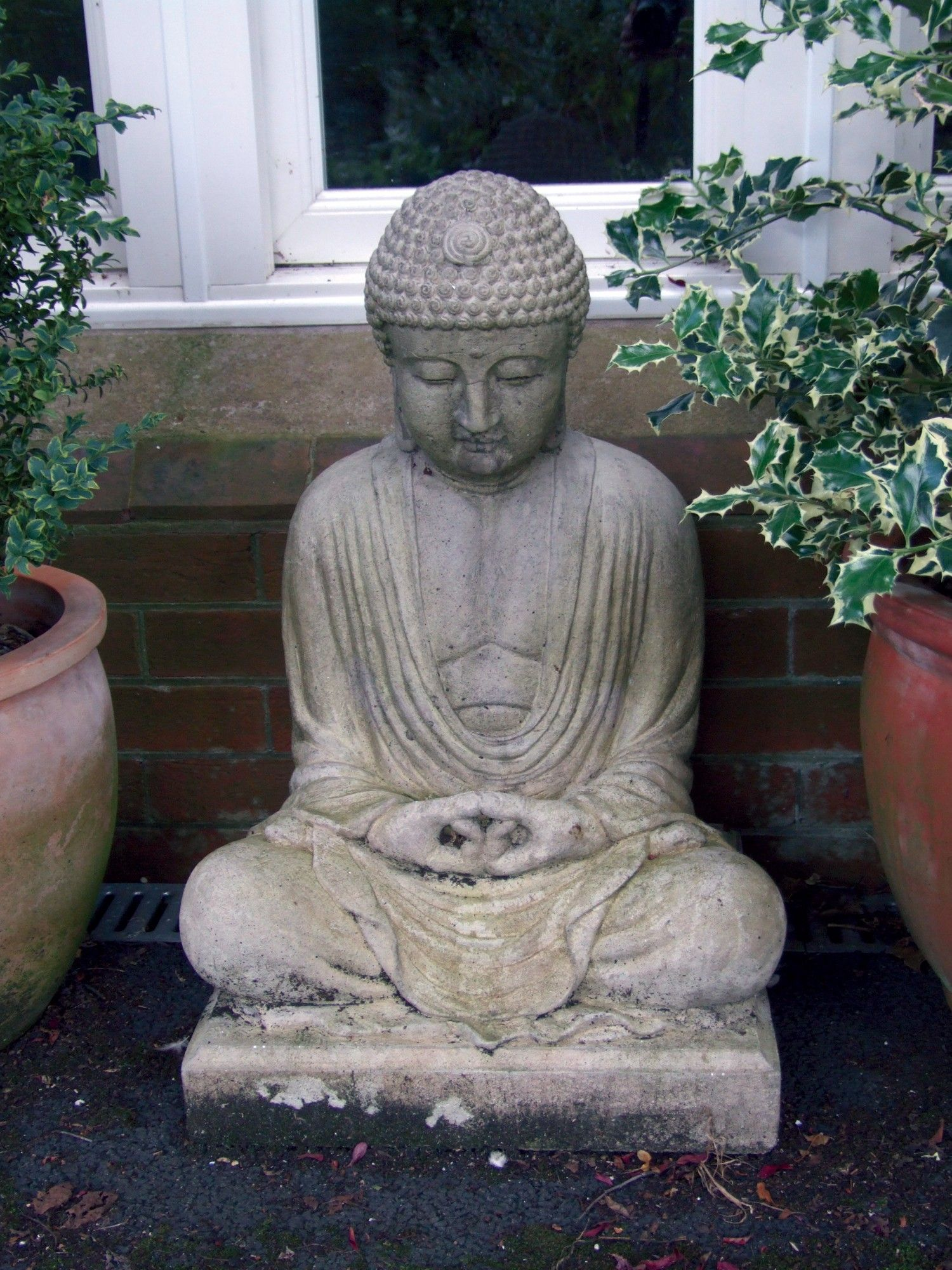 Stone garden buddha statues what a wonderful way to deorate the stone garden buddha statues what a wonderful way to deorate the garden workwithnaturefo