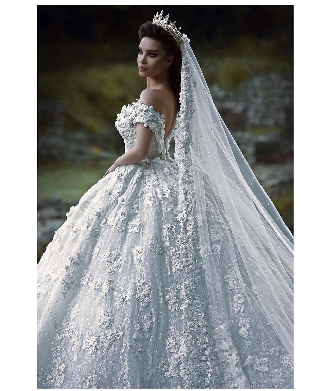 Pin by erica garin on Wedding dresses | Pinterest | Wedding dress ...