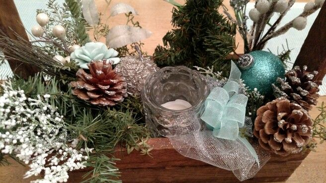 Winter wedding color palette and ideas!