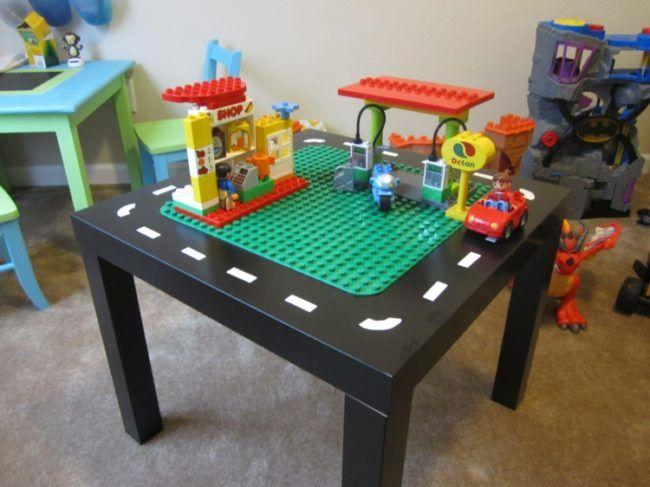 quadratisch tisch lego duplo kinderzimmer pinterest. Black Bedroom Furniture Sets. Home Design Ideas