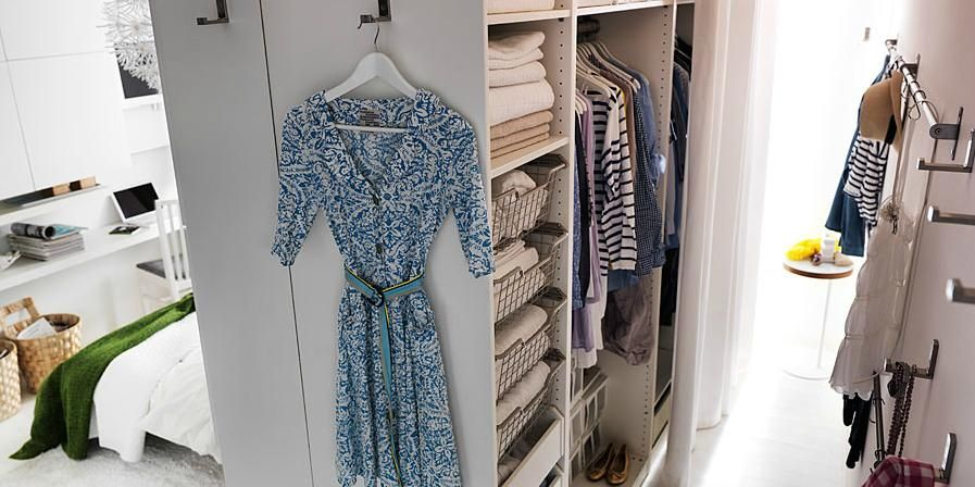 Incroyable Ikea Uses Pax System As Room Divider And Turns Bedroom Into A Walk In Closet !