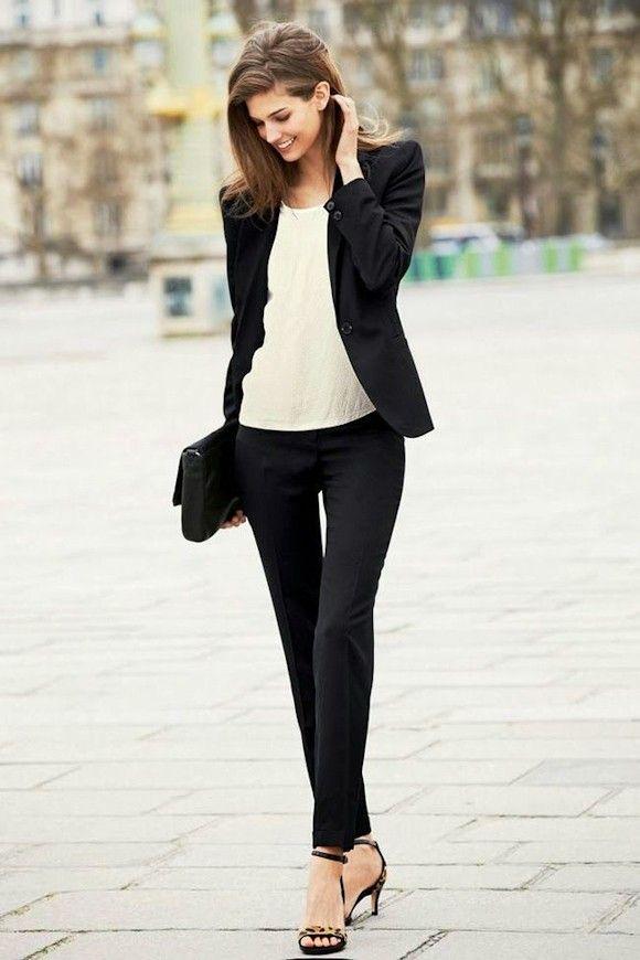 Look chic élégant tailleur noir. Look chic élégant tailleur noir Vêtements  Chics, Mode Femme ... 4edf368fdaca
