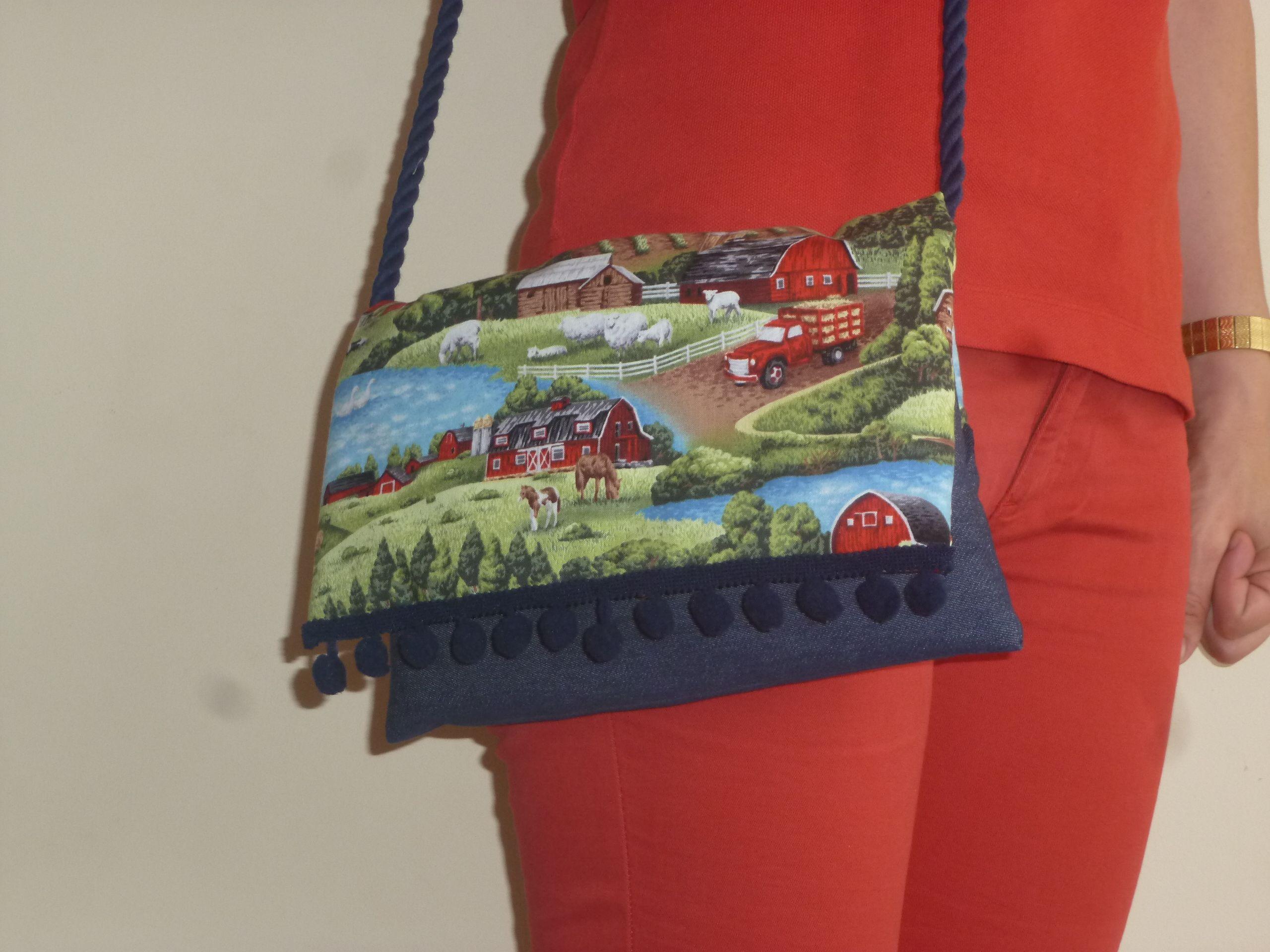 super popular 10d5c 49640 Bolso cartera hecho con tela vaquera y tela con dibujo de ...