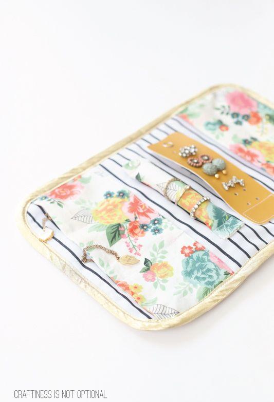 travel jewelry clutch | crafts | Pinterest | Costura, Costura patrón ...