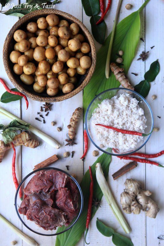 Resep Rendang Daging Sapi Spesial Dengan Daun Puding Daging Sapi Makanan Makanan Dan Minuman