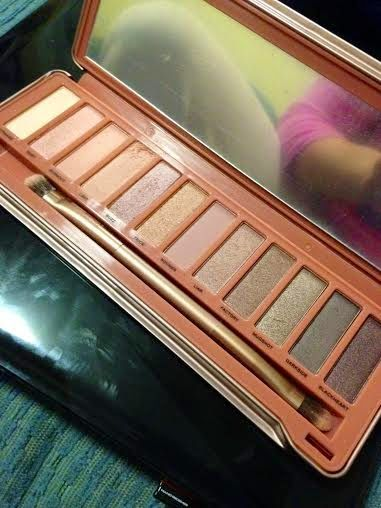Pretty Little Experiment- The Naked Truth: Spotting an Urban Decay Palette Fake!