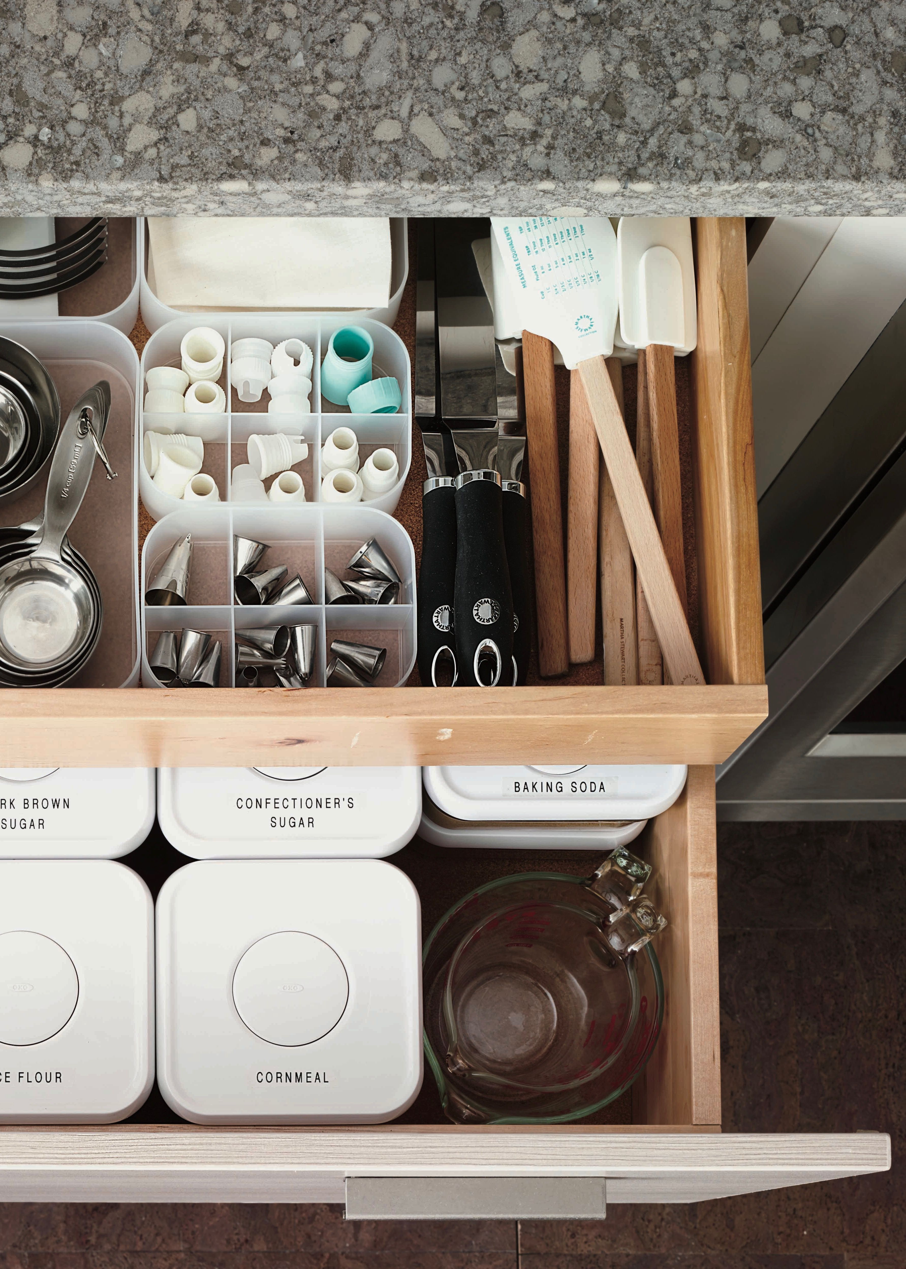 How To Best Utilize Your Drawer Storage