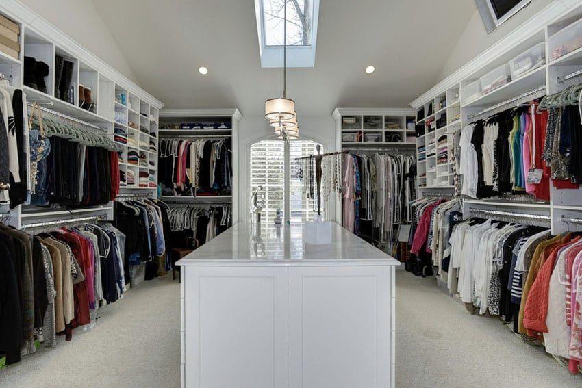 35 Beautiful Walk In Closet Designs Closet Designs Closet Island Walk In Closet Design