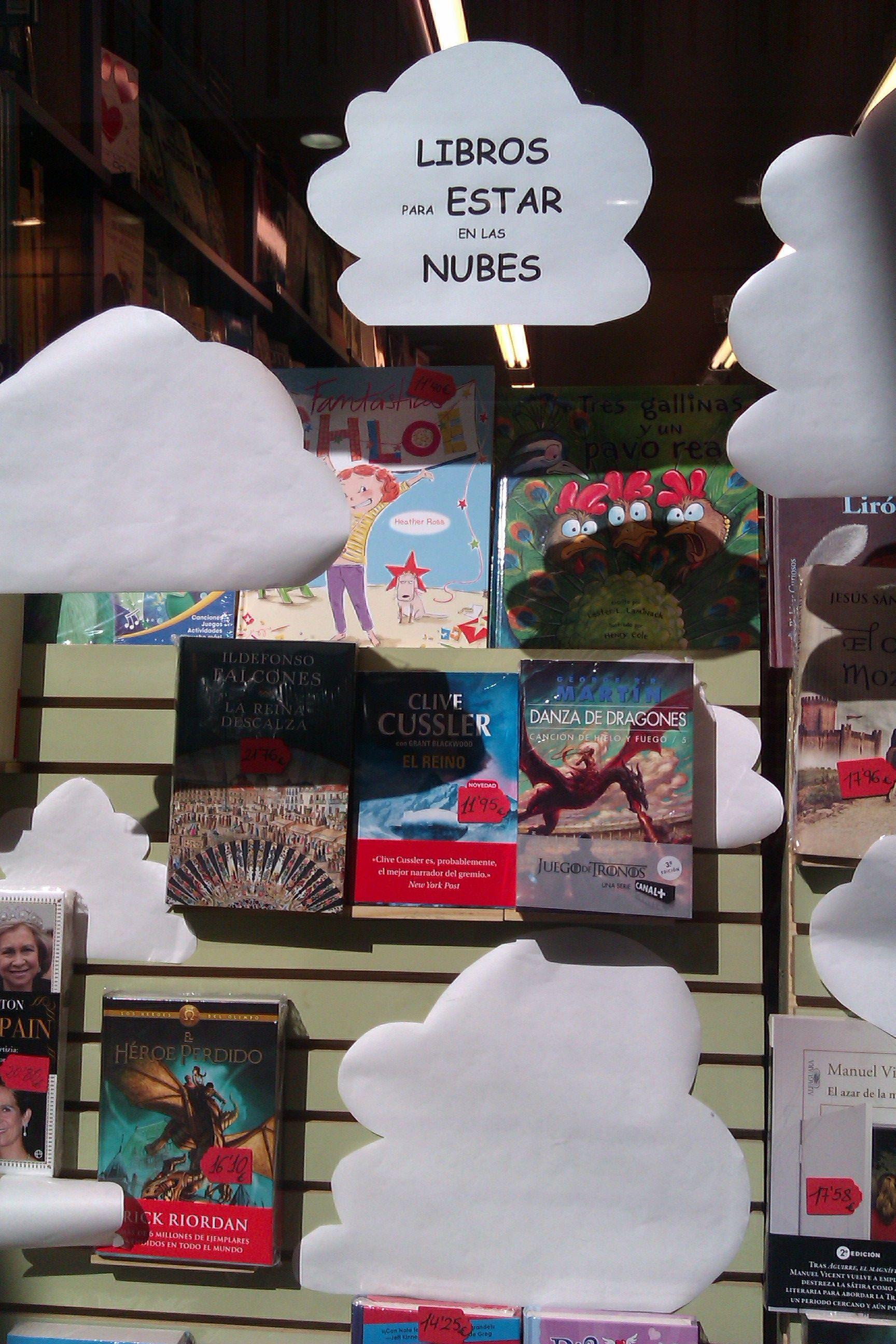 leer en las nubes librería Velázquez