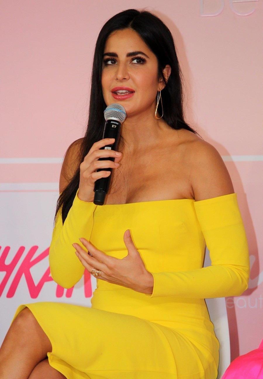 Indian Model Katrina Kaif Launches Her New Makeup Brand Key In 2020 Katrina Kaif Katrina Kaif Photo Katrina Kaif Hot Pics