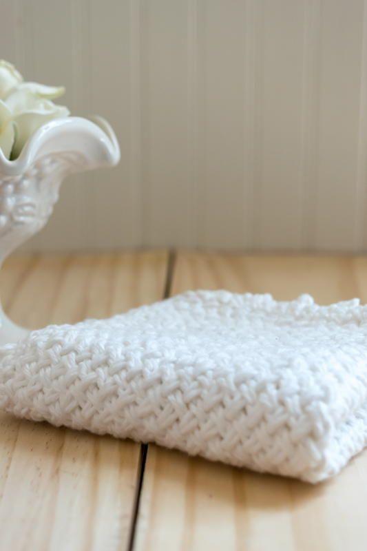 Diagonal Basket Weave Washcloth with Picot Edge