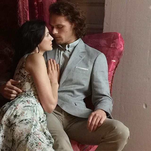 New BTS pic of #samheughan and #caitrionabalfe for