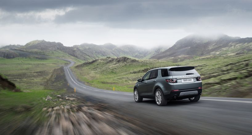 Land Rover Redefines New Discovery Family Aesthetic With Sport Suv Land Rover Discovery Land Rover Discovery Sport Land Rover