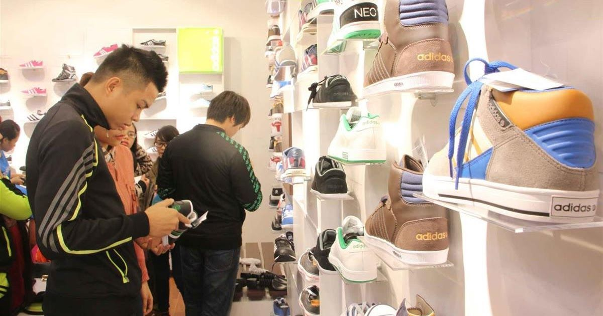 7da83bc5d7a11 Cửa hàng giày Adidas chính hãng tại Huyện Thủy Nguyên