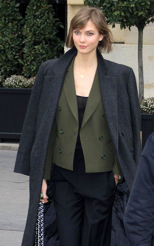 Karlie Kloss Arrives in Paris for Paris Fashion Week   The Front Row View